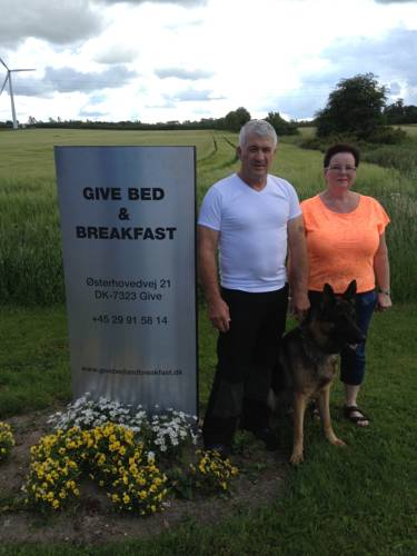 Give Bed & Breakfast Cover Picture