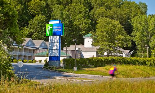 Holiday Inn Express Springfield Cover Picture
