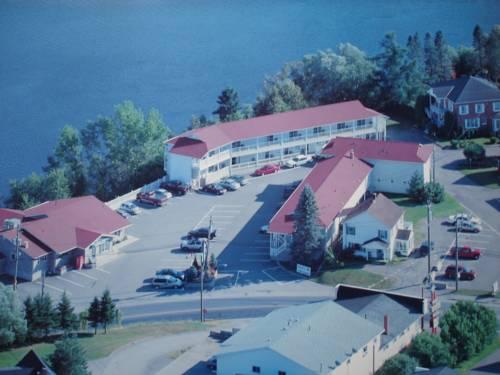 Hilltop Motel & Restaurant Cover Picture