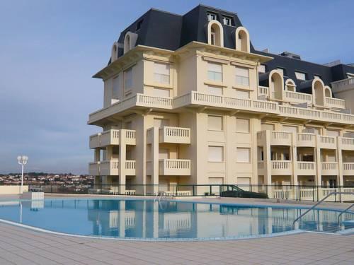 Le Palais de la Roseraie Cover Picture