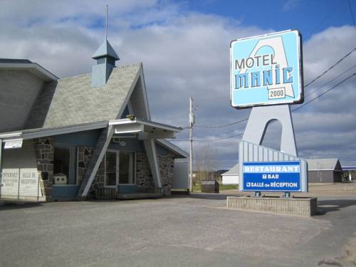Motel Manic 2000 Cover Picture