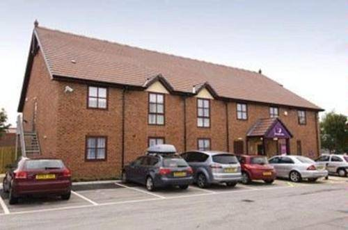Premier Inn Crewe Central Cover Picture