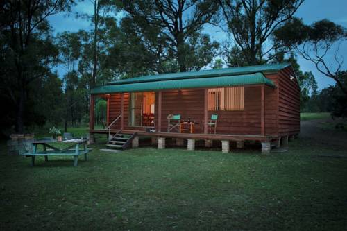 Hunter Hideaway Cottages Cover Picture