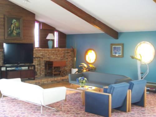 AmericInn Motel - Monticello Cover Picture