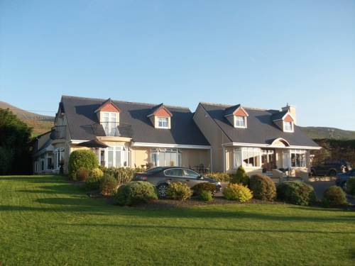 The Shores Country House Cover Picture