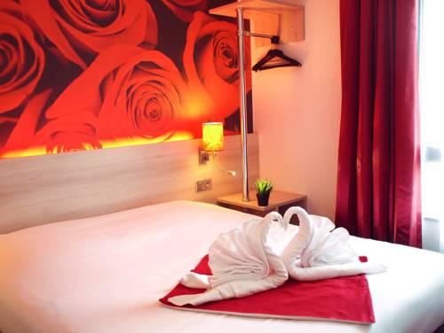 Hôtel Inn Design - Restaurant L'Escale Cover Picture