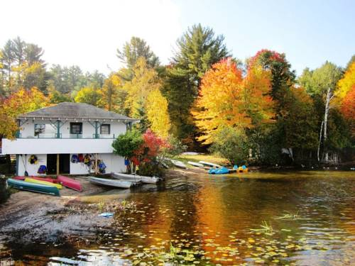 Clyffe House Cottage Resort Cover Picture