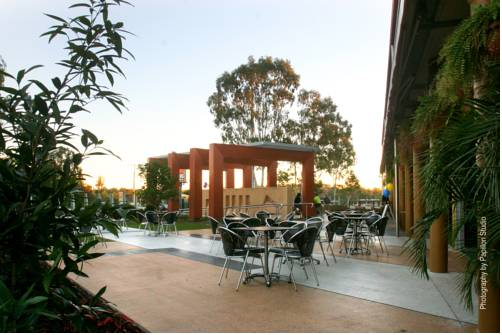 Alexandra Hills Hotel Cover Picture