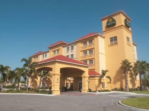 La Quinta Inn & Suites Fort Pierce Cover Picture