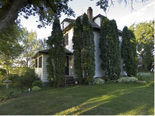 Fairmount Bed & Breakfast Cover Picture