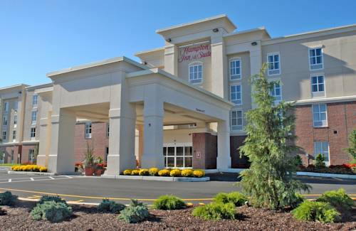 Hampton Inn & Suites Plymouth Cover Picture