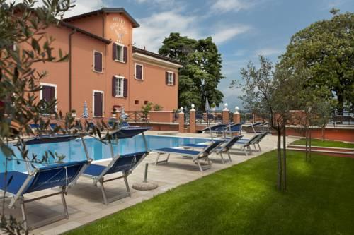 Hotel Bogliaco Cover Picture