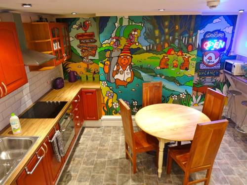 Igloo Backpackers Hostel & Annexe Cover Picture