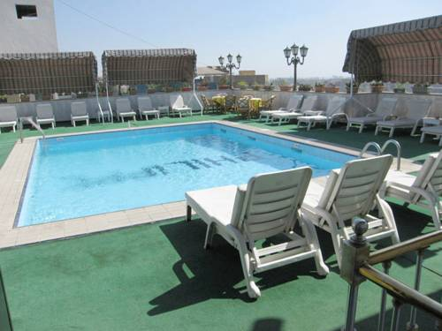 Philippe Luxor Hotel Cover Picture