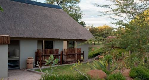 Impisi Lodge Safari and Golf Guesthouse Cover Picture