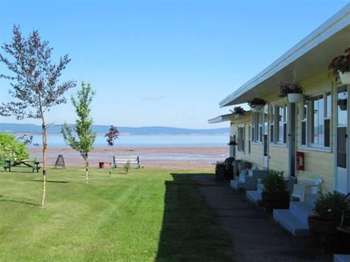 Beach Breeze Motel Cover Picture