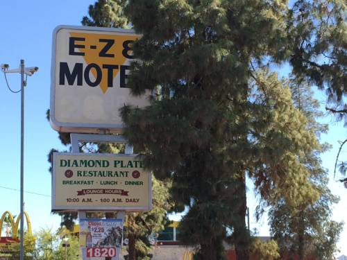 EZ 8 Motel Airporter Cover Picture