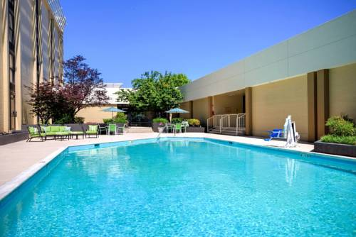Holiday Inn Roanoke - Tanglewood Route 419 & I 581 Cover Picture
