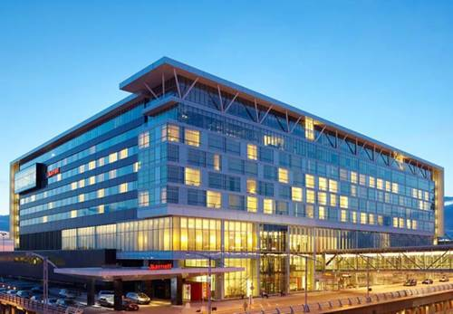 Montreal Airport Marriott In-Terminal Hotel Cover Picture