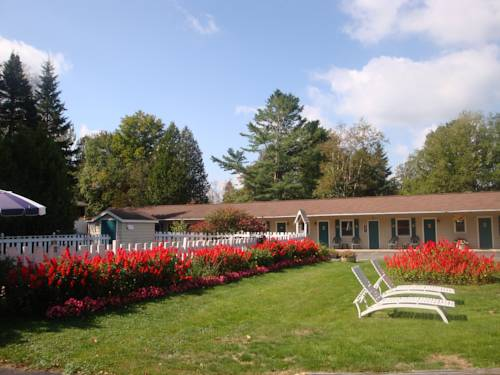 Maple Leaf Inn Lake Placid Cover Picture