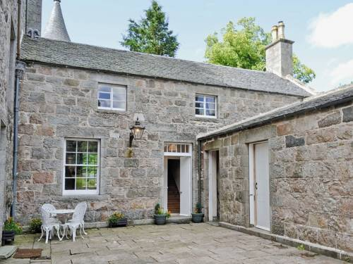Skene House Cottage Cover Picture
