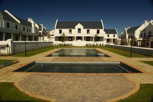 Winelands Golf Lodges Cover Picture