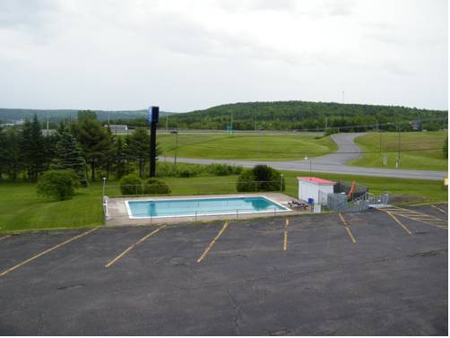Canada's Best Value Inn & Suites - Woodstock Cover Picture