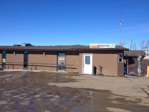 Chubby's Bar & Motel Cover Picture