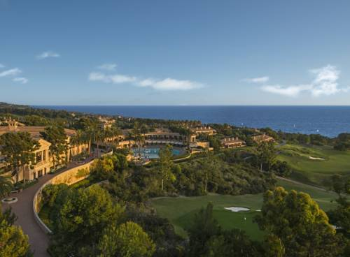 Resort at Pelican Hill Cover Picture
