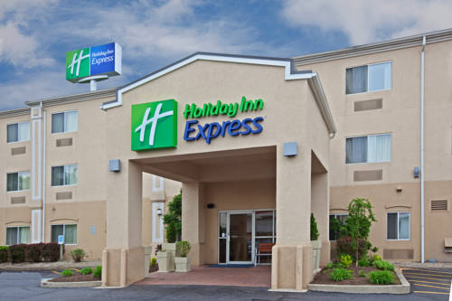 Holiday Inn Express Middletown Cover Picture