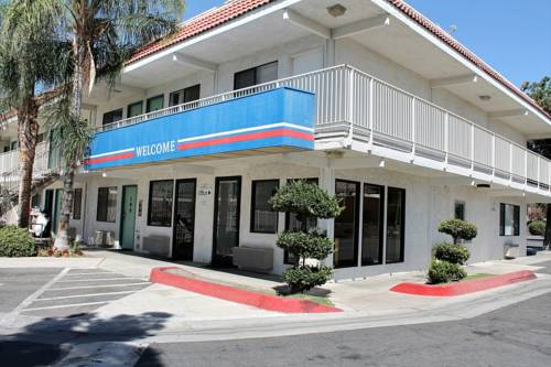Motel 6 Bakersfield Convention Center Cover Picture
