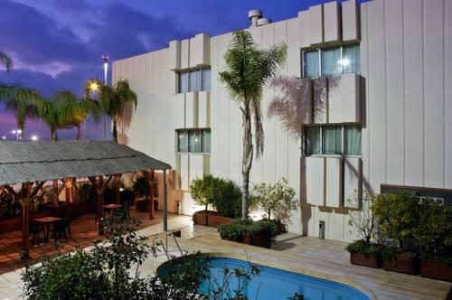 Tryp Valencia Azafata Hotel Cover Picture