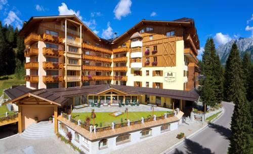 Carlo Magno Hotel Spa Resort Cover Picture