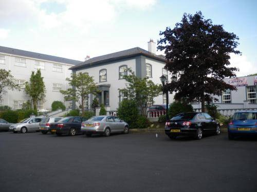 Drummond Hotel Cover Picture