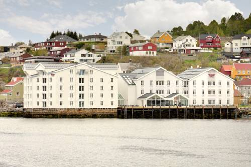 Thon Hotel Kristiansund Cover Picture