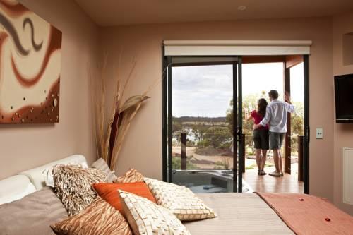Pike River Luxury Villas Cover Picture