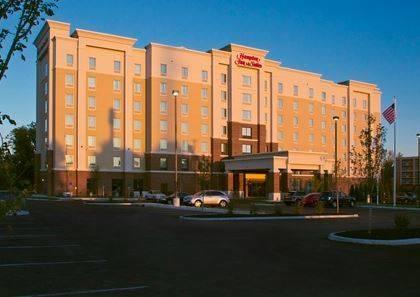 Hampton Inn & Suites Columbus/University Area Cover Picture