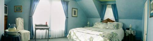 Holmesdale House Bed and Breakfast Cover Picture