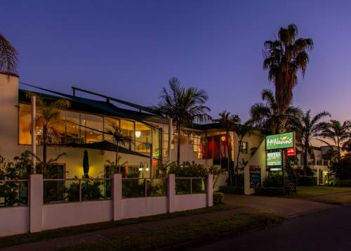 McNevins Maryborough Motel Cover Picture
