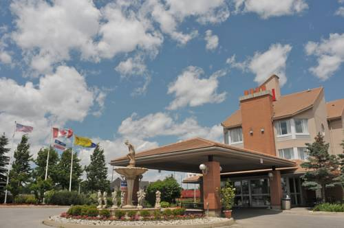 Monte Carlo Inn Oakville Road East Cover Picture
