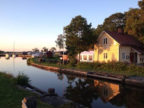 Jonsboda Café & Cottages Cover Picture