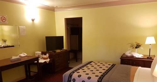 Capri Motel Cover Picture