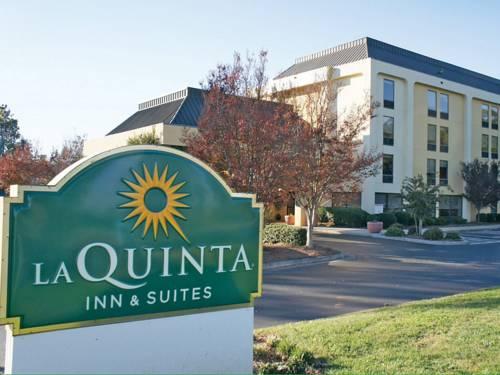 La Quinta Inn & Suites Charlotte Airport North Cover Picture