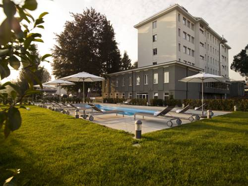 Yes Hotel Varese MXP Cover Picture