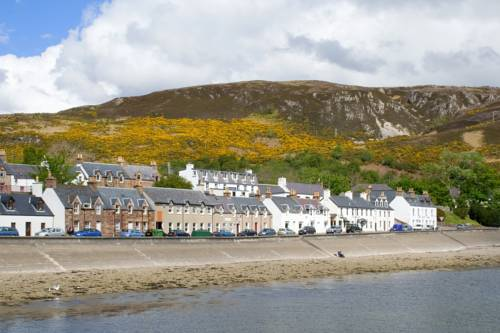 Ullapool SYHA Hostelling Scotland Cover Picture