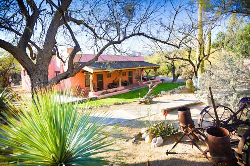Tanque Verde Guest Ranch Cover Picture