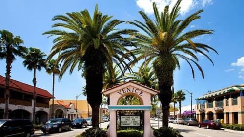 Island Sun Inn - Venice Cover Picture