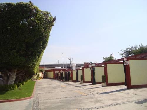 Hotel del Valle Cover Picture