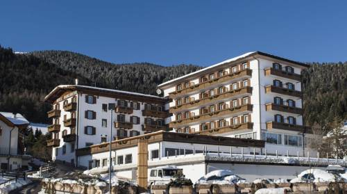 Grand Hotel Biancaneve Cover Picture