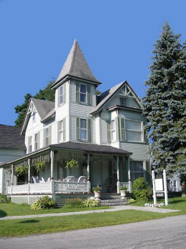 Henniker House Bed & Breakfast Cover Picture